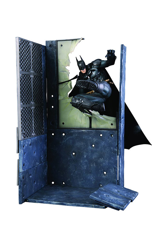 "Packshot for ""DC Arkham Knight Batman Artfx+"""